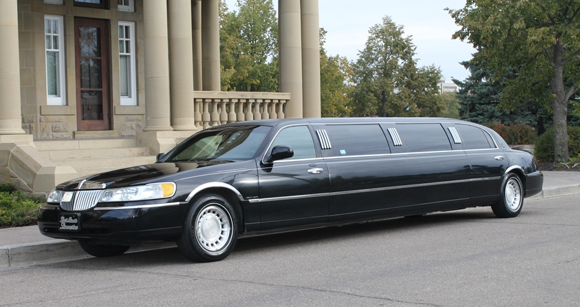 Stretch Limo outside Edmonton Parliment